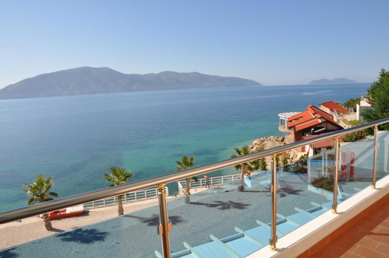 Coral Hotel & Resort 4*