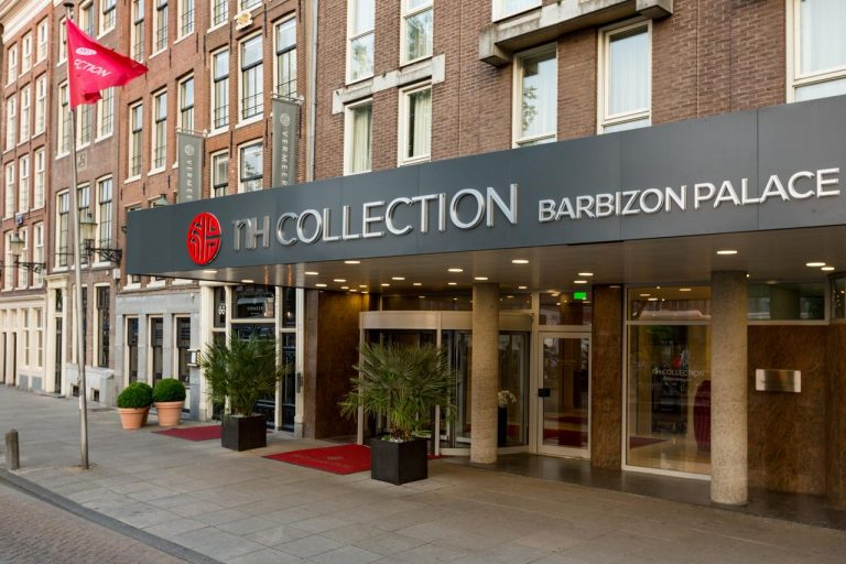 City Break la Amsterdam - NH Collection Amsterdam Barbizon Palace 5*