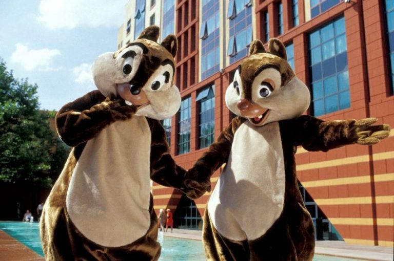 "Disney's Hotel New York®  4* - Early booking oferta ""stai 4 nopti si platesti doar 2"""