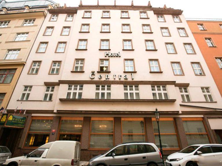 Castle-Chateau Night la Praga - Central Hotel 3*