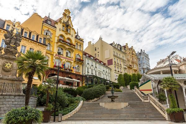 Escapadă la băile Karlovi Vary și Praga