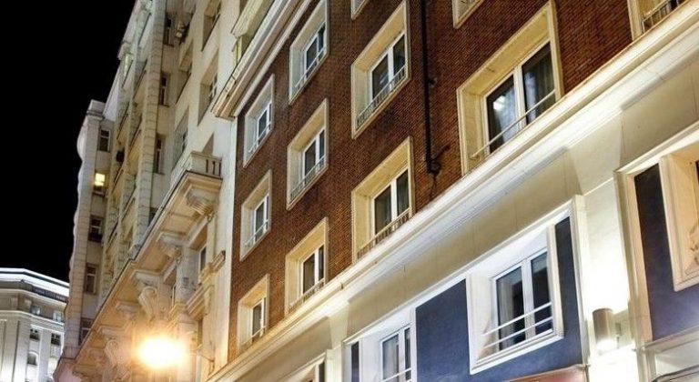 Avenida Gran Vía Hotel 3*