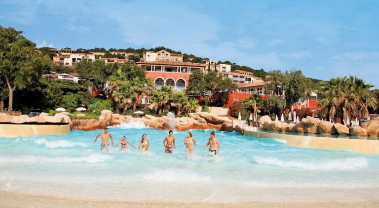Holiday Village Les Restanques du Golfe de St-Tropez 4*