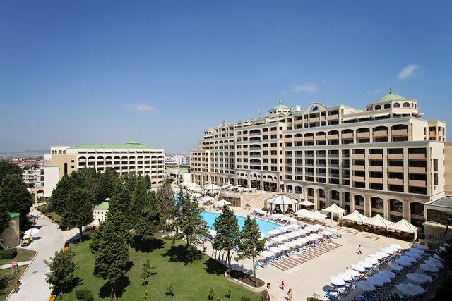 Sol Nessebar Palace Resort & Aquapark 5*