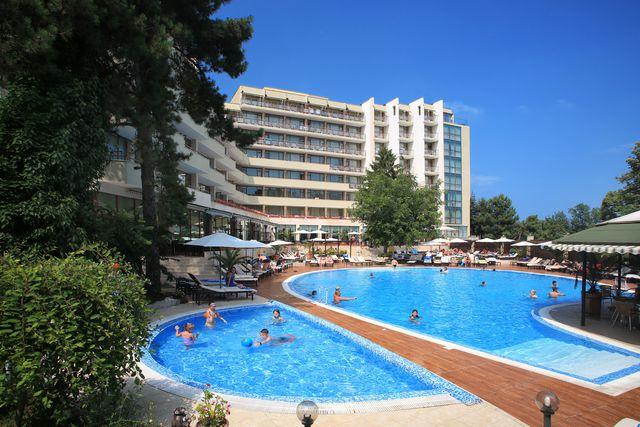 Edelweiss Hotel 4*