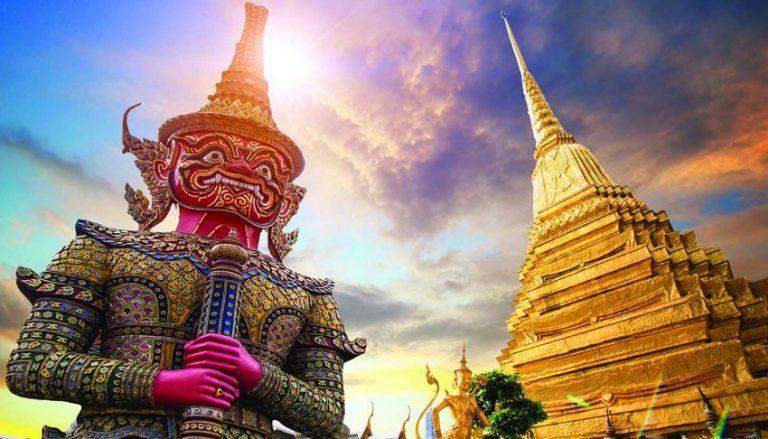 Oferta speciala Emirates: bilet avion Bucuresti - Bangkok
