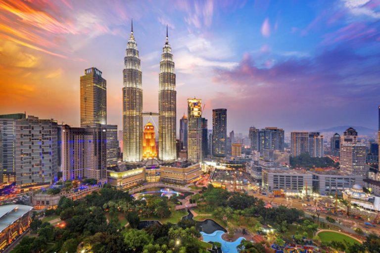 Oferta speciala Emirates: bilet avion Bucuresti - Kuala Lumpur
