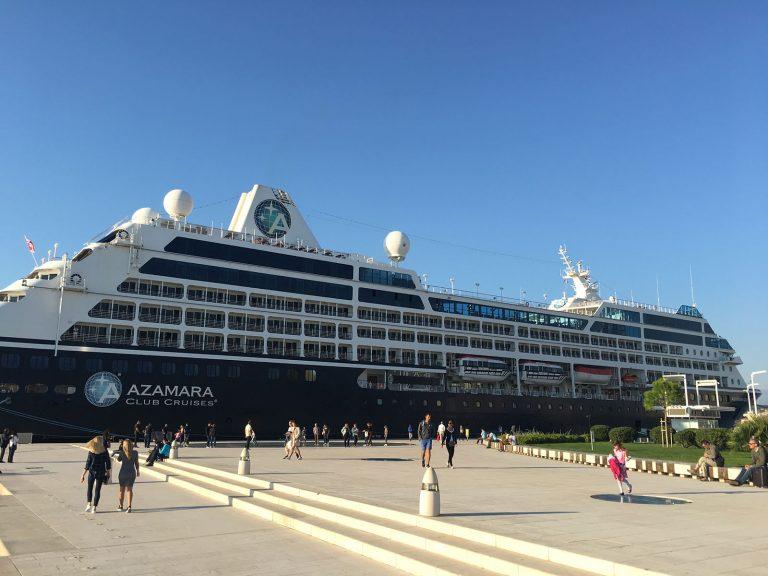 Croaziera in Europa de Vest (Barcelona) - 10 nopti la bordul navei Azamara Pursuit