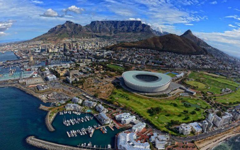 Oferta speciala Emirates: bilet avion Bucuresti - Cape Town