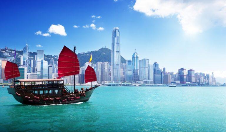 Oferta speciala Emirates: bilet avion Bucuresti - Hong Kong