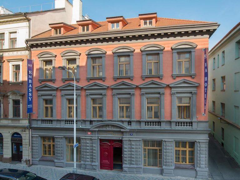 8 Martie la Praga - Embassy Hotel 4*