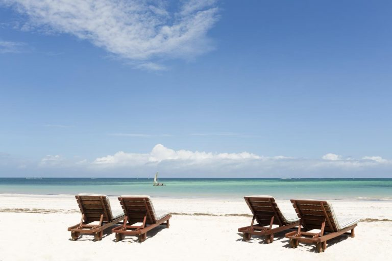 Neptune Paradise Beach Resort & Spa 4*