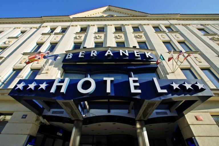 Concert Iron Maiden la Praga - Beranek Hotel 3*