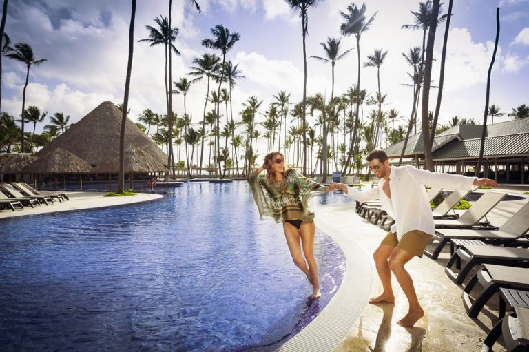Last minute Playa Bavaro - Barceló Bávaro Beach Resort 5* (adults only)