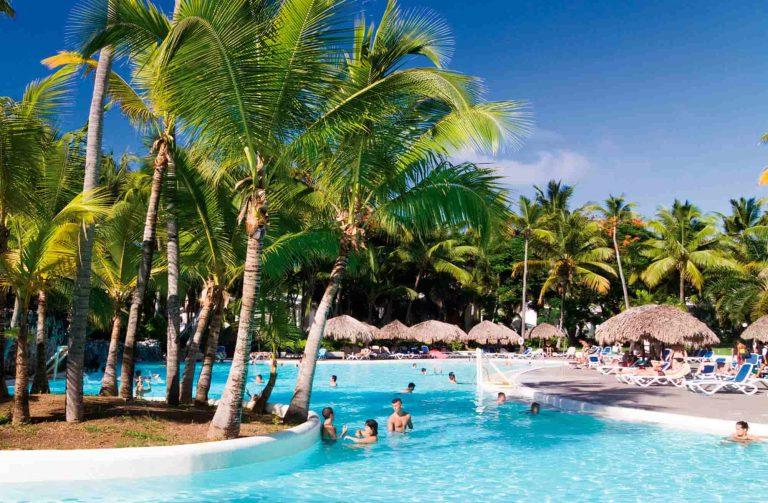 Early Booking Revelion 2019 Playa Bavaro - Riu Naiboa Hotel 4* (gratuitate ptr 1 copil)