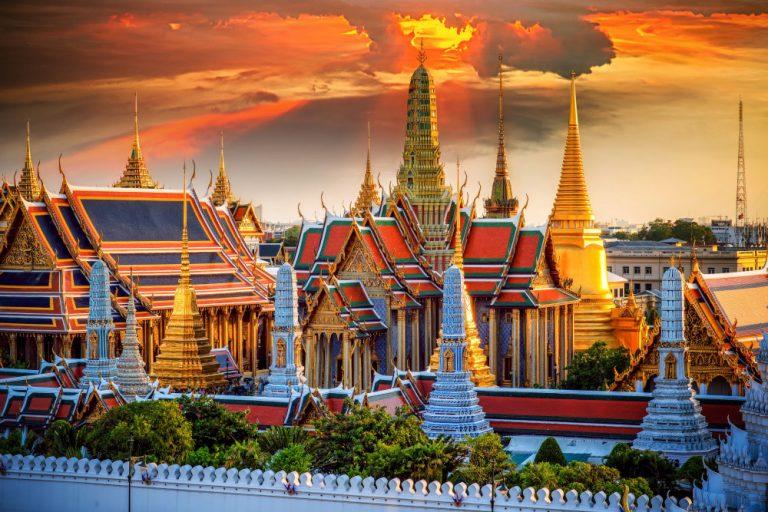 Oferta speciala Qatar: bilet avion Bucuresti - Bangkok