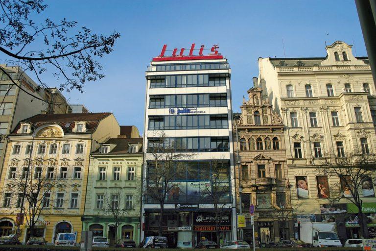 Concert Iron Maiden la Praga - Julis Hotel 4*