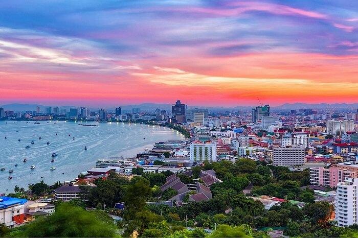 Oferta speciala Qatar: bilet avion Bucuresti - Pattaya
