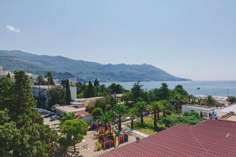 1 Mai Muntenegru - Montenegro Beach Resort 4*