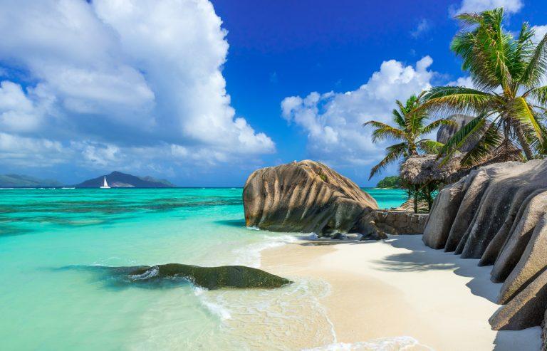 Oferta speciala Qatar: bilet avion Bucuresti - Seychelles