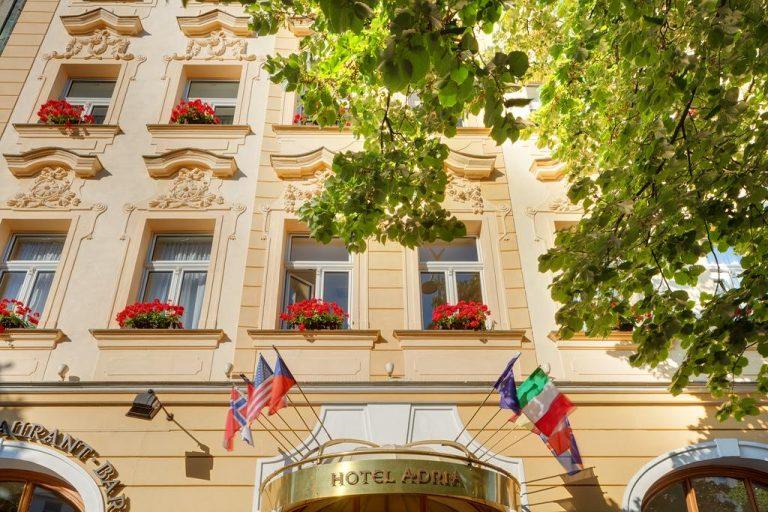 Concert Rolling Stones la Praga - Adria Hotel 4*