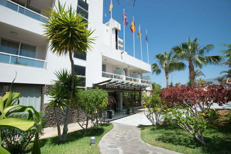 Catalonia Oro Negro Hotel 3*