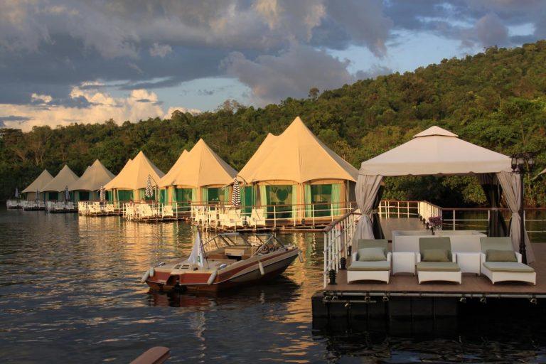 4 Rivers Floating Lodge 4*
