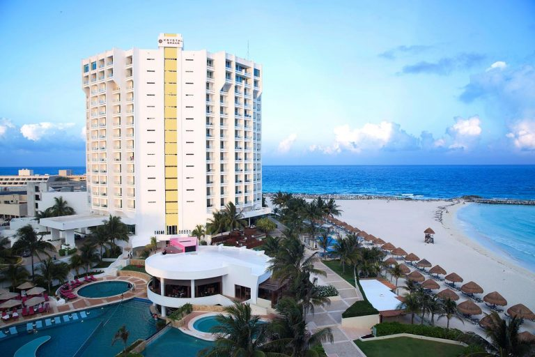Krystal Grand Punta Cancun 5*