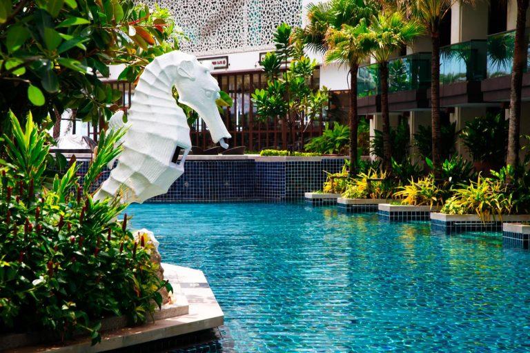 Phuket Graceland Resort & Spa 5*