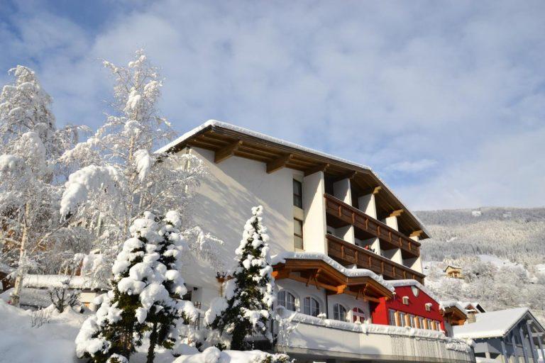 Alpina Hotel 4* (Wenns im Pitztal)