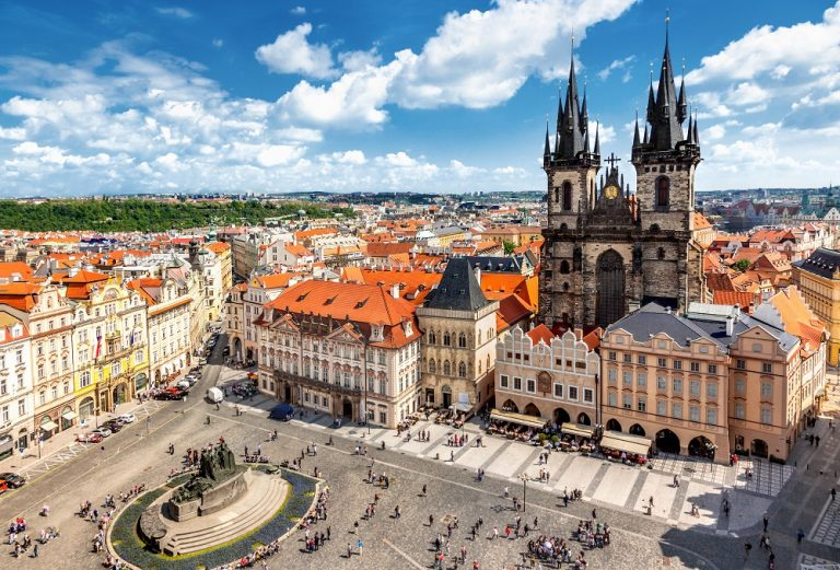 Oferta promo de la Czech Airlines: bilet avion Bucuresti - Praga