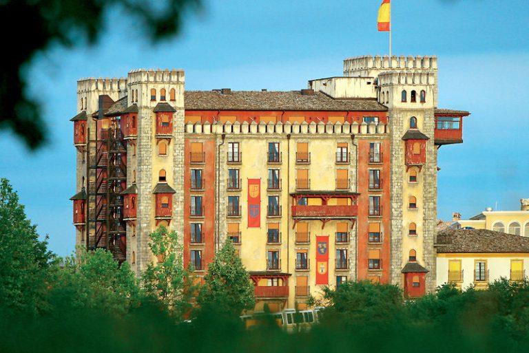 Europa-Park Castillo Alcazar Hotel 4*