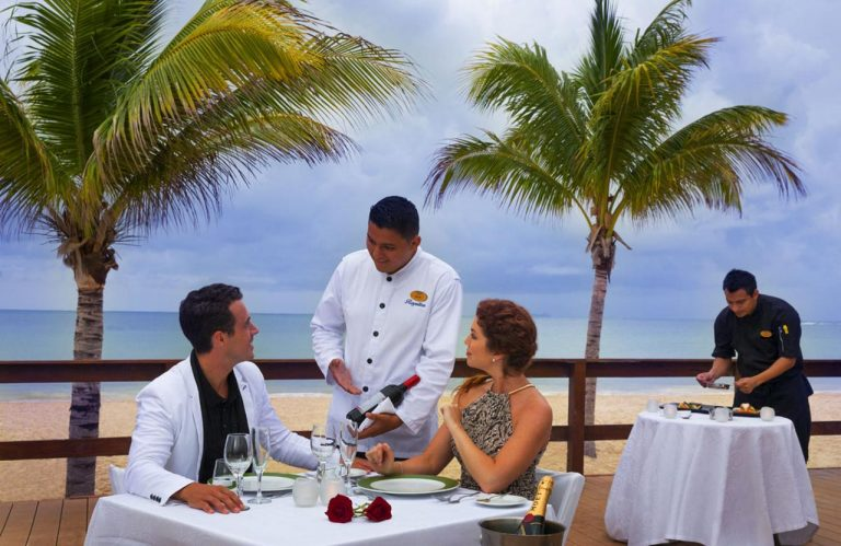 Early booking Riviera Maya - Royalton Riviera Cancun Resort & Spa 5*