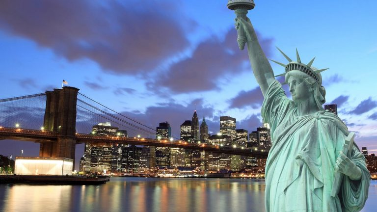 Oferta speciala British: bilet avion Bucuresti - New York