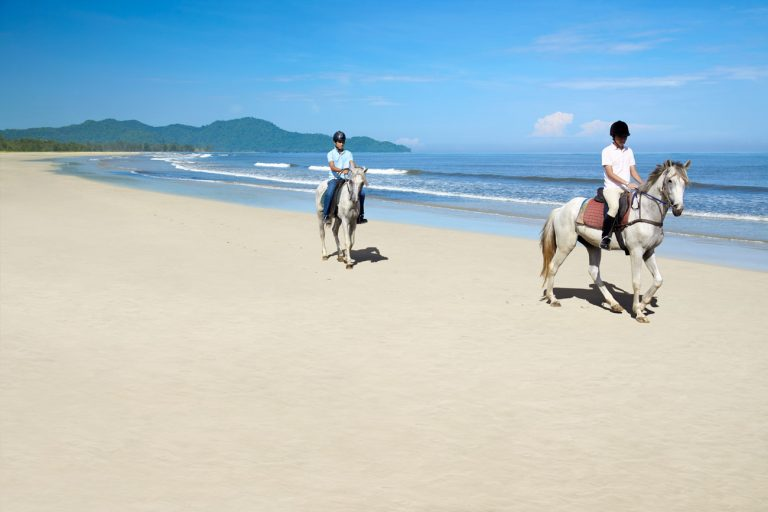 Shangri-La's Rasa Ria Resort & Spa Borneo 5*