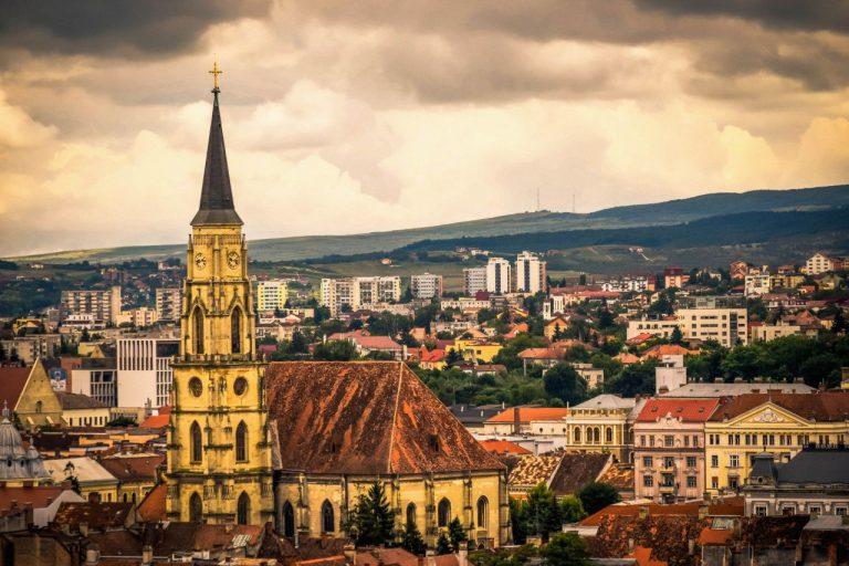 Nou! Oferta Tarom: bilet avion Cluj-Napoca - Paris
