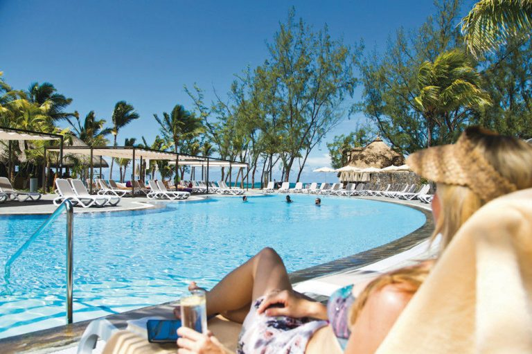 Riu Le Morne Resort 4* (adults only)