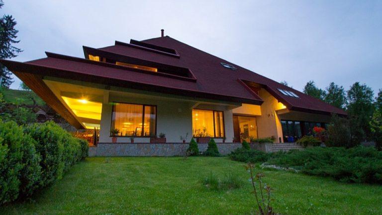 Weekend în familie la Pensiunea Ferma Club 5*, Moroeni, Dambovita