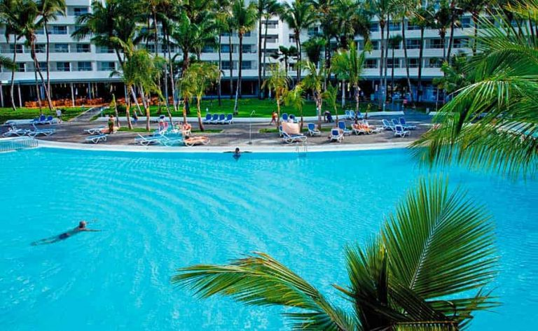 Early Booking Punta Cana - Riu Naiboa Hotel 4* (gratuitate copil)