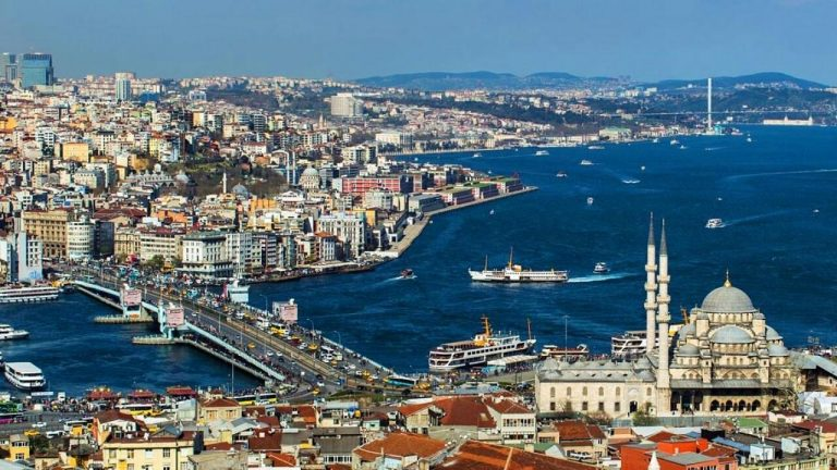 Oferta speciala Tarom: bilet avion Bucuresti - Istanbul