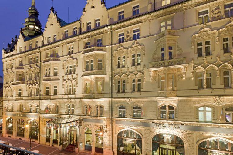 1 Mai la Praga - Paris Hotel 5*