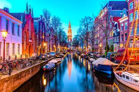 Oferta Sarbatorilor de Iarna de la Tarom: bilet avion Bucuresti - Amsterdam