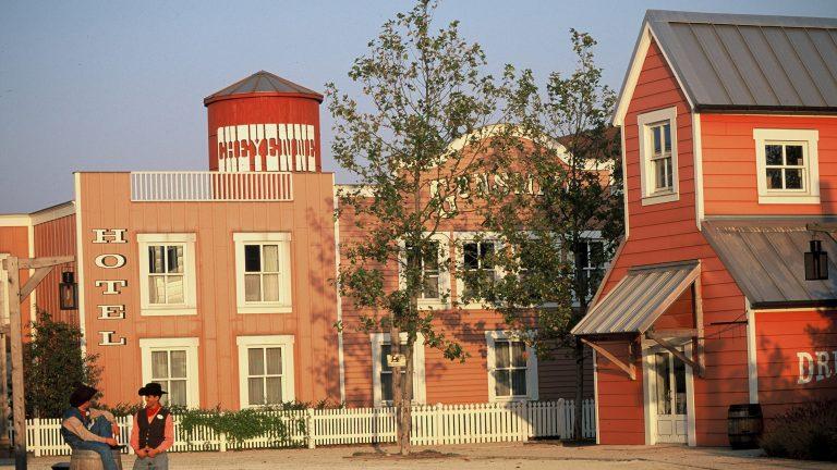 Disney's Hotel Cheyenne® 2* - Early booking 2019 - oferta 4 = 2 (stai mai mult, platesti mai putin)