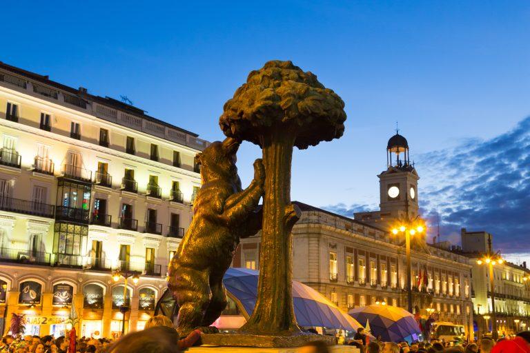 Oferta Sarbatorilor de Iarna de la Tarom: bilet avion Bucuresti - Madrid