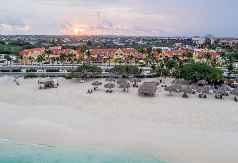 Amsterdam Manor Aruba Beach Resort 4*