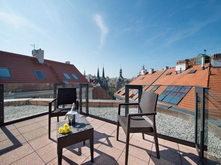 1 Mai la Praga - Embassy Hotel 4*