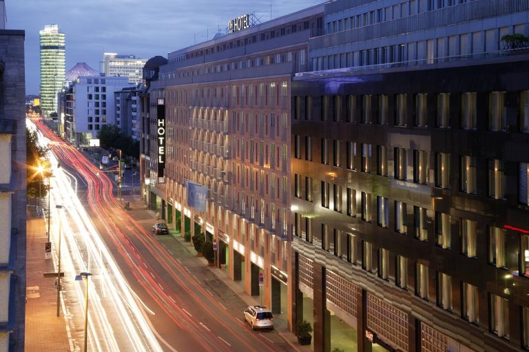 City Break la Berlin - NH Collection Berlin Mitte am Checkpoint Charlie Hotel 4*