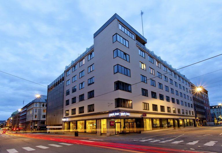 City Break la Oslo - Park Inn by Radisson Oslo Hotel 3*