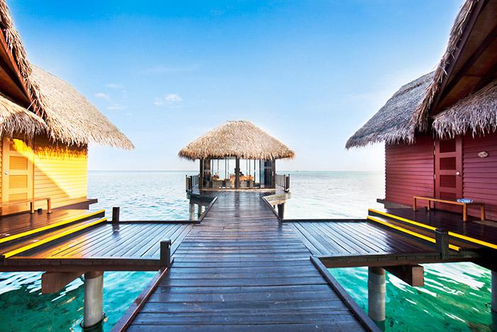 Adaaran Select Hudhuranfushi Resort 4*
