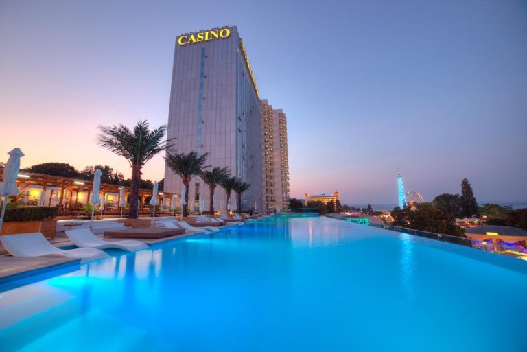 Early booking vara 2019 Nisipurile de Aur - International Hotel Casino & Tower Suites 5*